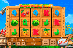 funky fruits farm playtech pokie
